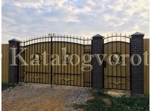 Кованые ворота с калиткой, артикул 13с
