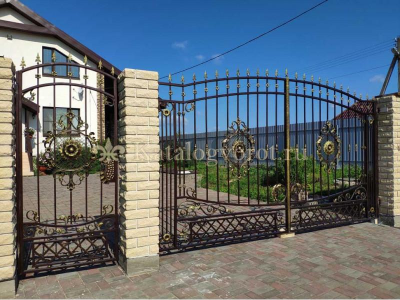 Кованые ворота с калиткой, артикул 2