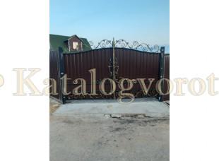 Кованые ворота с калиткой, артикул 31